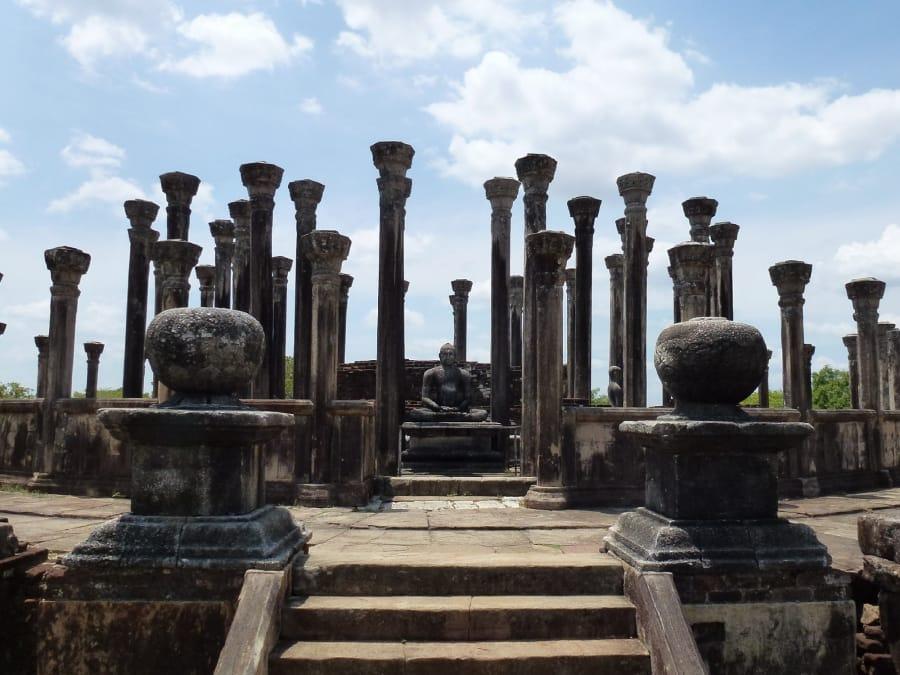 TravelXL-van-Limburg-Sri-Lanka-Vatadage-Medirigiriya