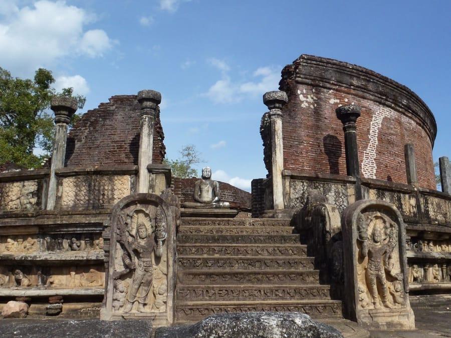 TravelXL-van-Limburg-Sri-Lanka-Polonnaruwa-Vatadage