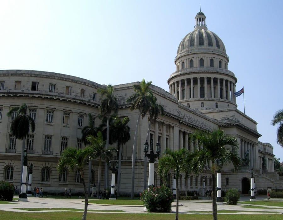 TravelXL-van-Limburg-CUBA-Havanna-gebouwen