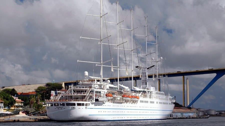 TravelXL-van-Limburg-CURACAO-willemstad-cruiseschip