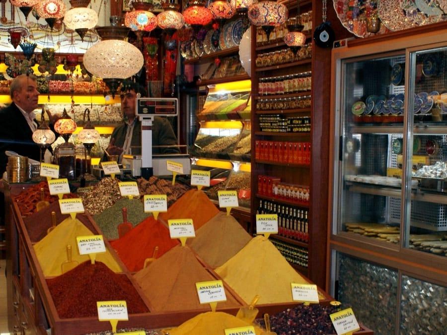 TravelXL-van-Limburg-ISTANBUL-egyptische-bazaar