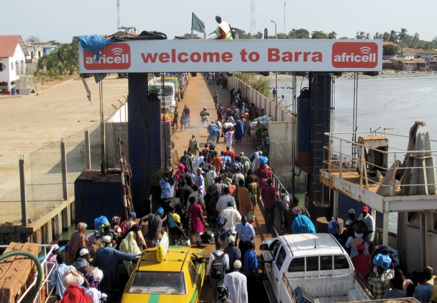 TravelXL-van-Limburg-GAMBIA-ferry-Barra