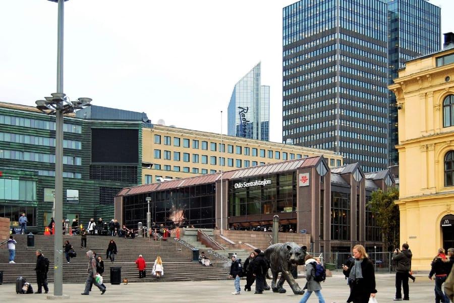 TravelXL-van-Limburg-HURTIGRUTEN-Oslo-Centraal-Station