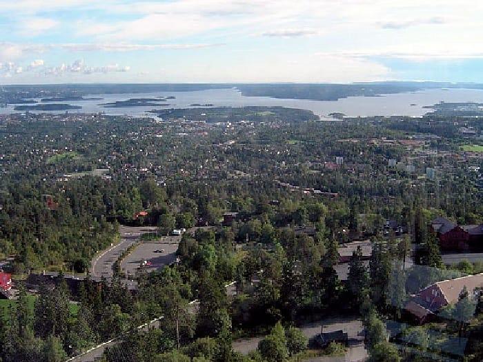 TravelXL-van-Limburg-HURTIGRUTEN-Oslo-Holmenkollen-uitzicht