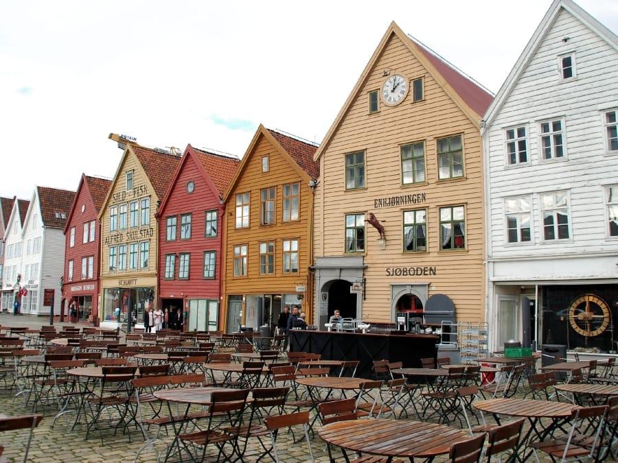 TravelXL-van-Limburg-NOORWEGEN-Bergen-huizen