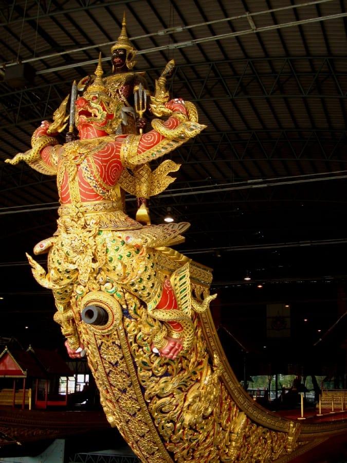 TravelXL-van-Limburg-THAILAND-Bangkok-Royal-Barges-museum