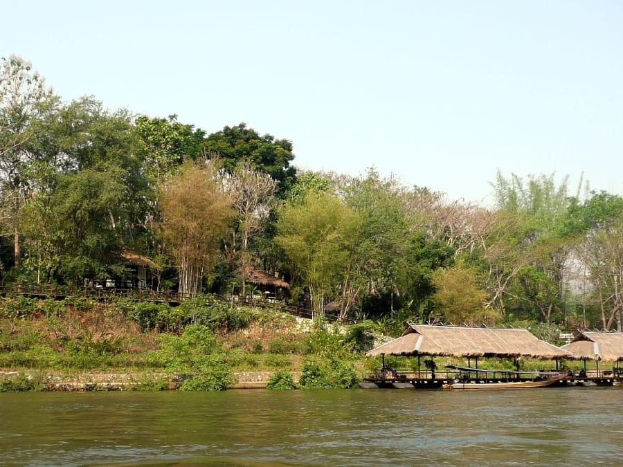 TravelXL-van-Limburg-THAILAND-River-Kwai-Resotel-steiger
