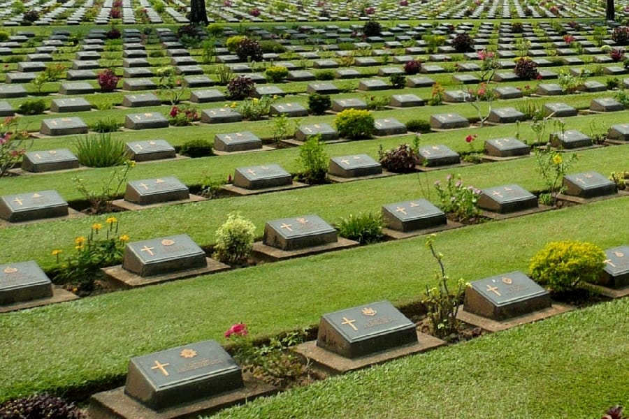 TravelXL-van-Limburg-THAILAND-erebegraafplaats