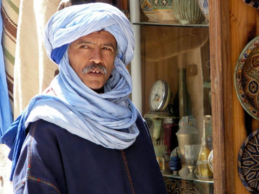TravelXL-van-Limburg-MAROKKO-Essaouira-verkoper