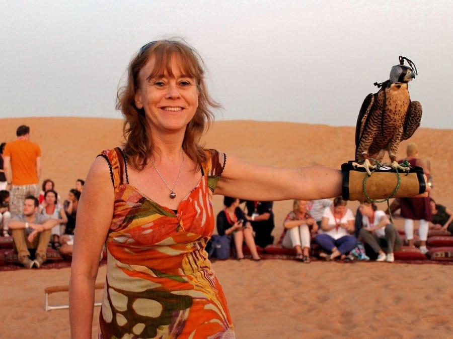 TravelXL-van-Limburg-DUBAI-Jacqueline-met-valk