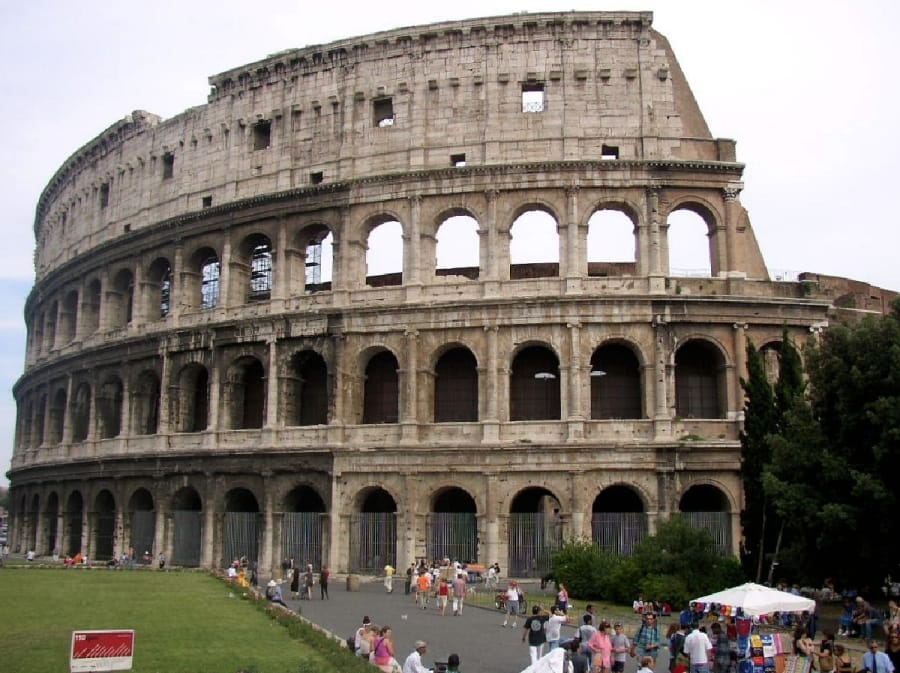 TravelXL-van-Limburg-ROME-Colosseum