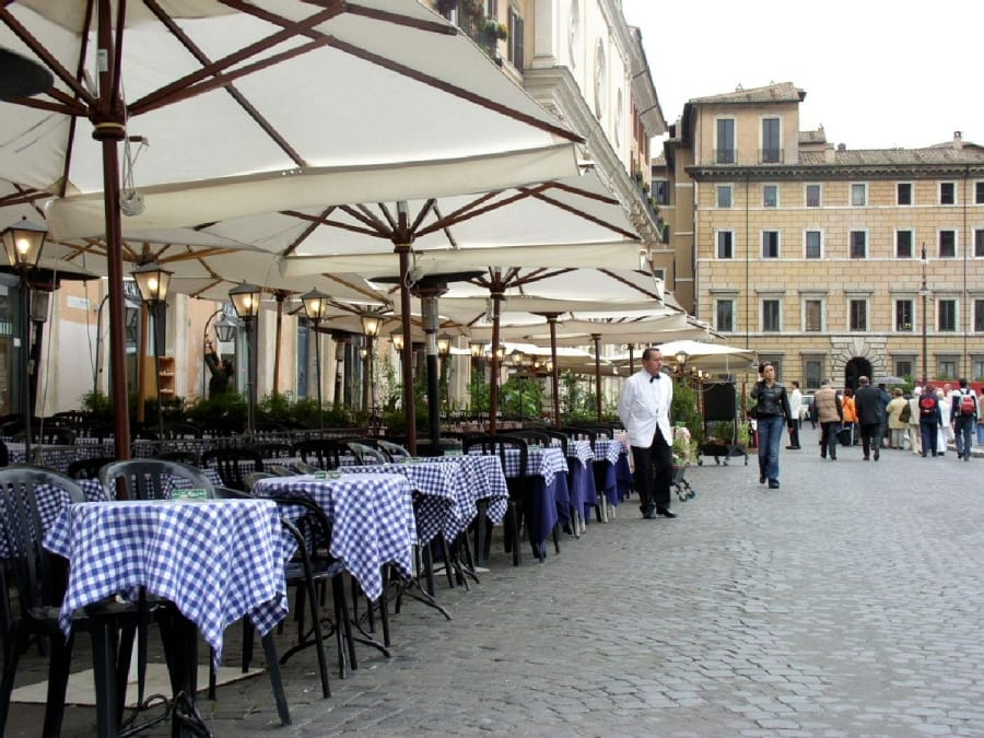 TravelXL-van-Limburg-ROME-Piazza-Navona-terras