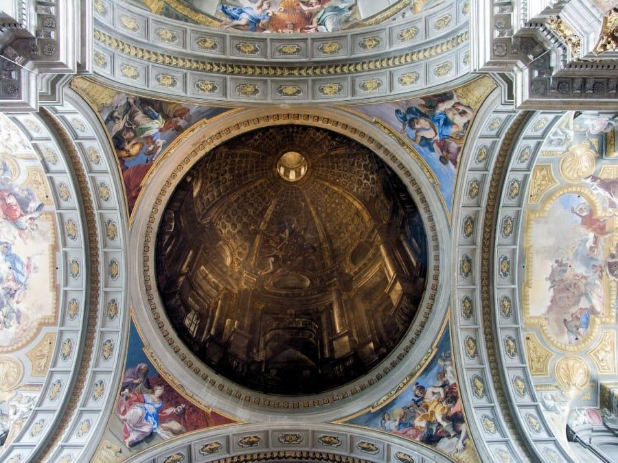 TravelXL-van-Limburg-ROME-Sant-Ignazio-kerk-plafond