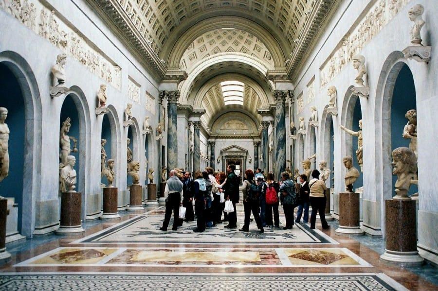 TravelXL-van-Limburg-ROME-Vaticaanmuseum-binnen