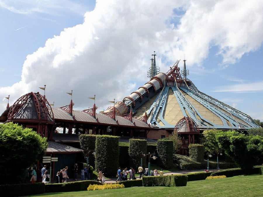 TravelXL-van-Limburg-DISNEYLAND-Space-Mountain