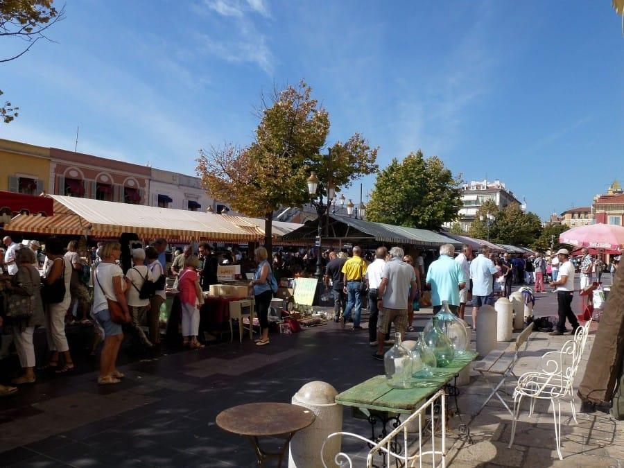 TravelXL-Provence-Nice-brocante-markt