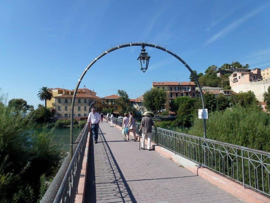 TravelXL-van-Limburg-Provence-Ventimiglia-loopbrug