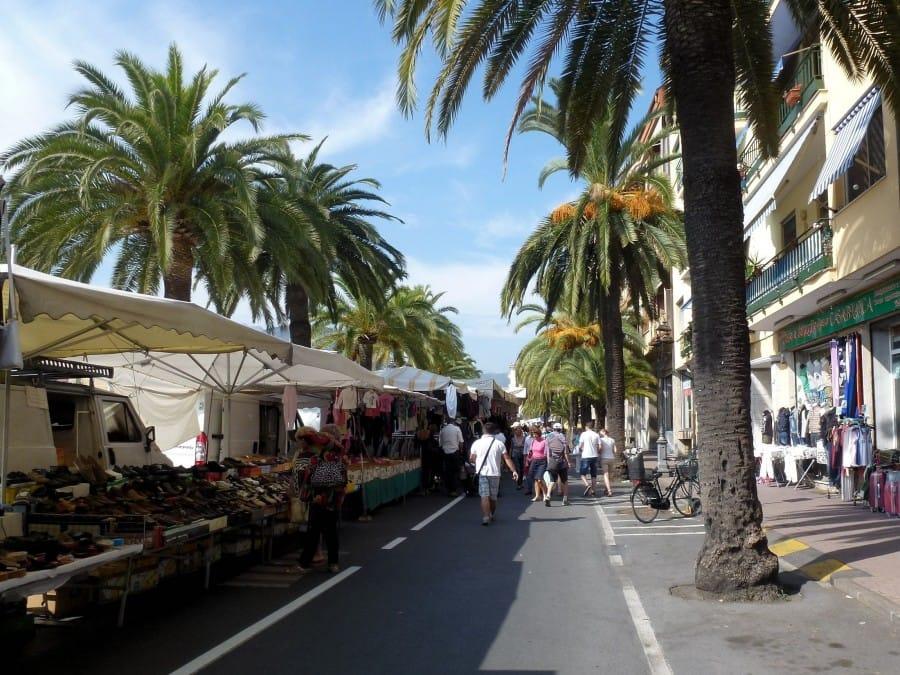 TravelXL-van-Limburg-Provence-Ventimiglia-markt
