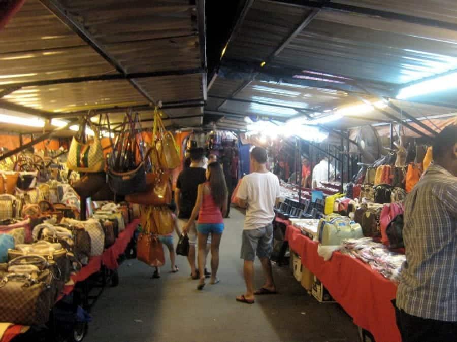 TravelXL-van-Limburg-MALEISIE-Batu-Ferringhi-nachtmarkt