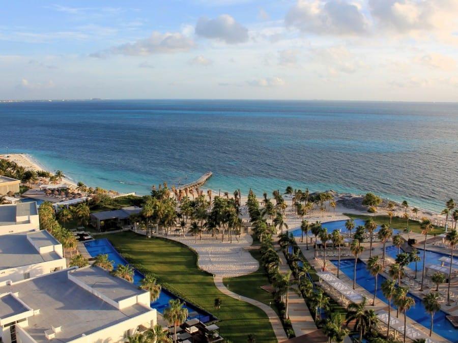 TravelXL-van-Limburg-YUCATAN-Cancun-hotelkamer-uitzicht