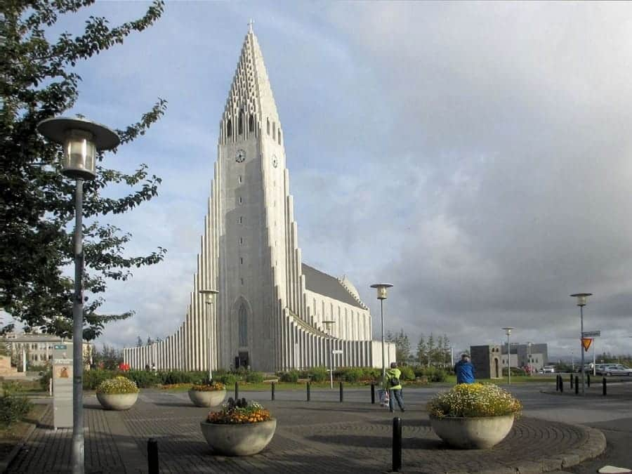 TravelXL-van-Limburg-IJSLAND-Reykjavik-Hallgrimskirkja