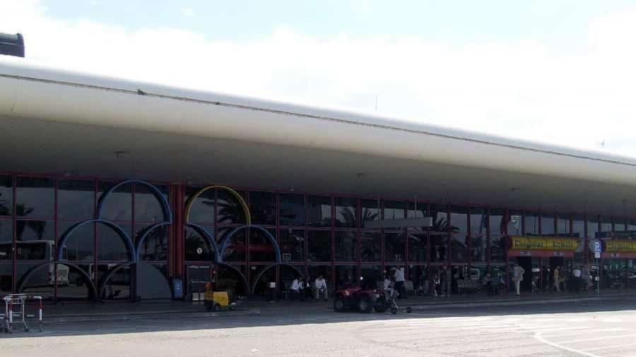 TravelXL-van-Limburg-ALGARVE-Faro-luchthaven