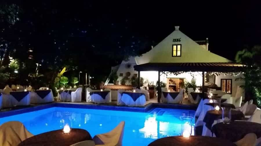 TravelXL-van-Limburg-ARUBA-restaurant-avond