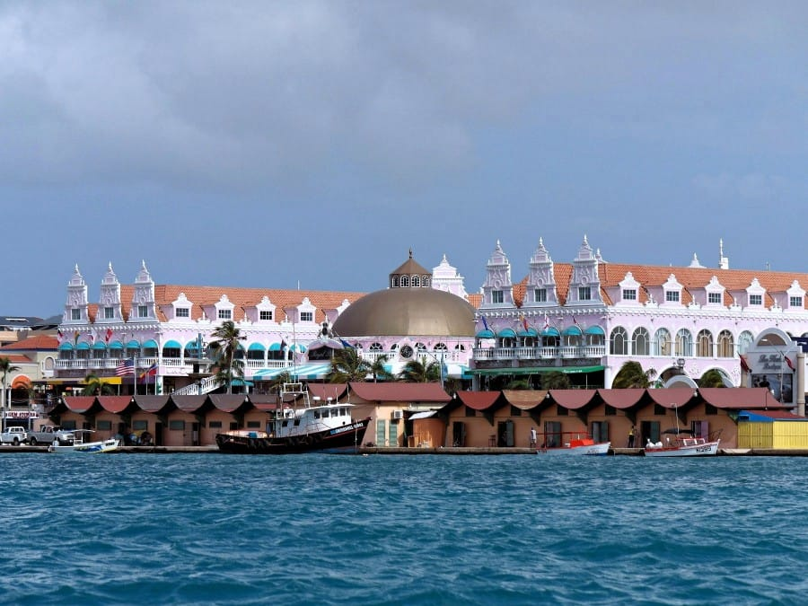 TXL - ARUBA - Oranjestad water