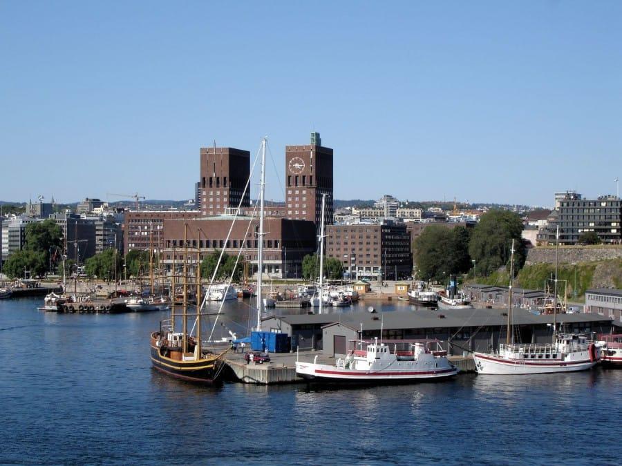 TravelXL-van-Limburg-COSTA-LUMINOSA-Oslo-haven