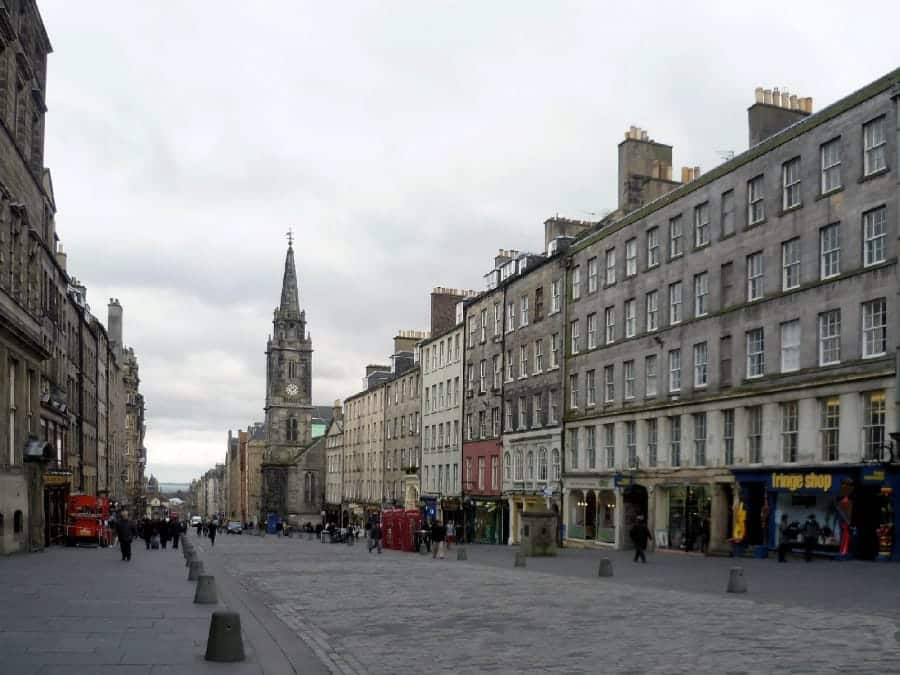 TravelXL-van-Limburg-EDINBURGH-Royal-Mile