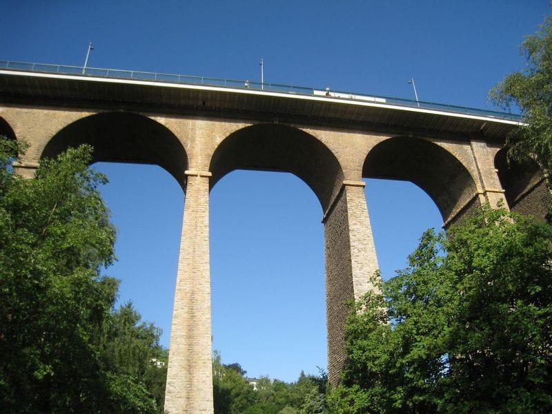 TravelXL-van-Limburg-LUXEMBURG-Passarelle-viaduct