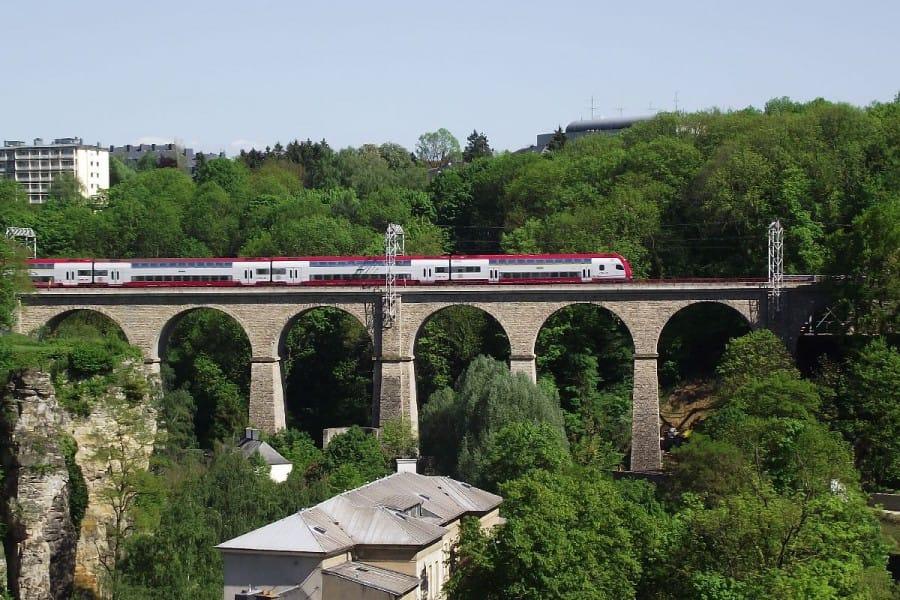 TravelXL-van-Limburg-LUXEMBURG-spoorviaduct
