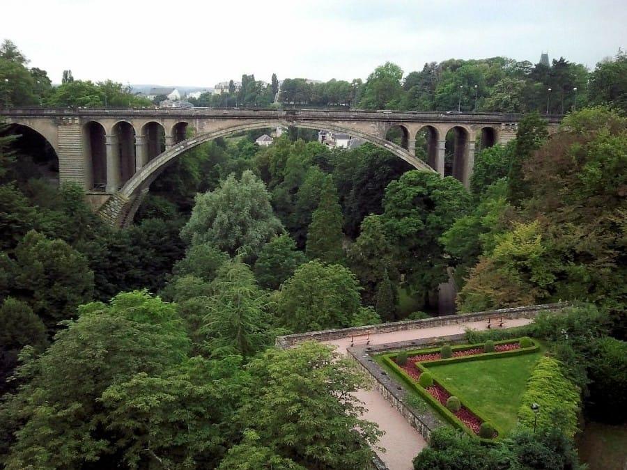 TravelXL-van-Limburg-LUXEMBURG-stadspark