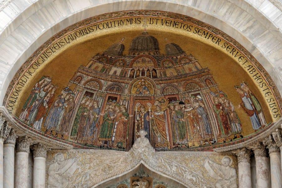 TravelXL-van-Limburg-VENETIE-San-Marco-Basiliek-mozaiek-plafond