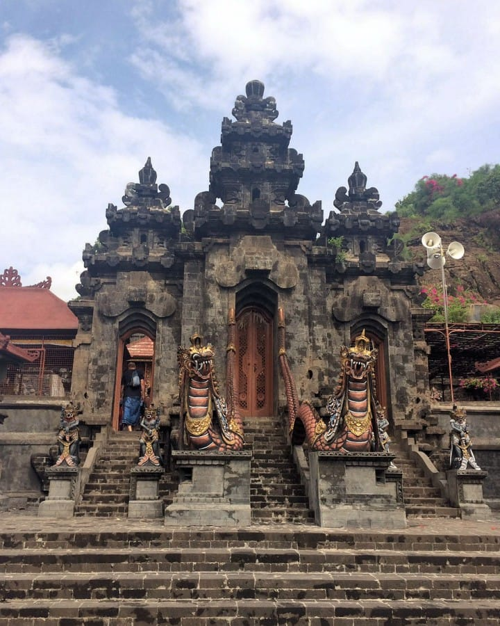 TravelXL-van-Limburg-BALI-pura-pulaki-tempel