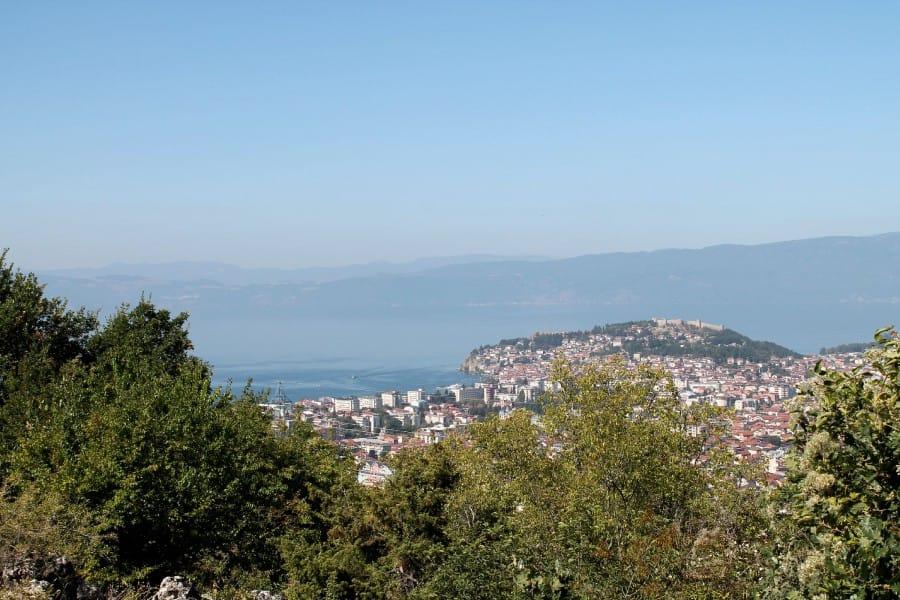 TravelXL-van-Limburg-MACEDONIE-uitzicht-op-Ohrid