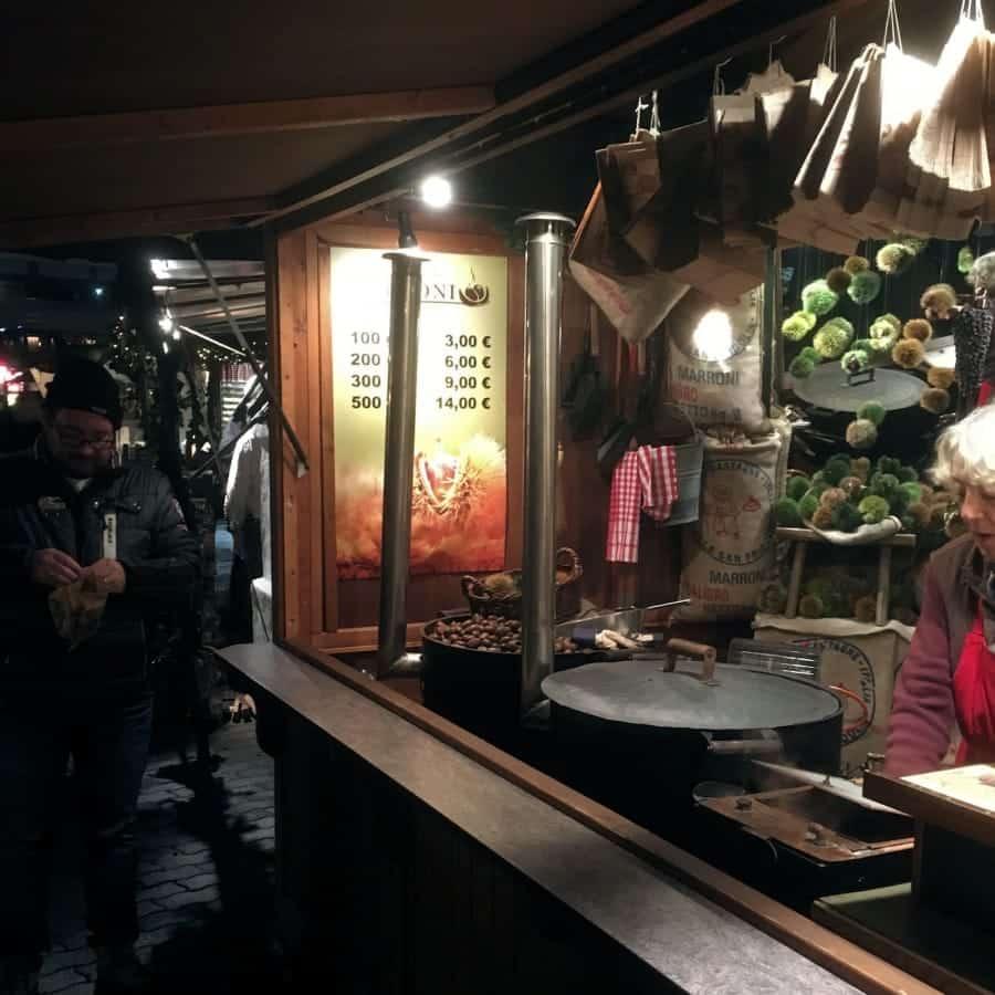 TravelXL-van-Limburg-BERLIJN-kerstmarkt-gepofte-kastanjes