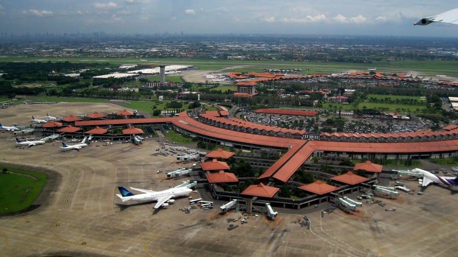 travelxl-van-limburg-java-soekarno-hatta-airport