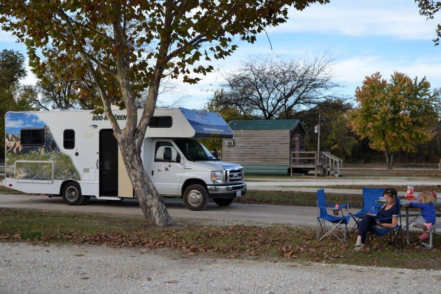 travelxl-van-limburg-usa-checotah-campground