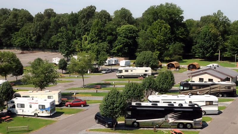 travelxl-van-limburg-usa-graceland-rvpark