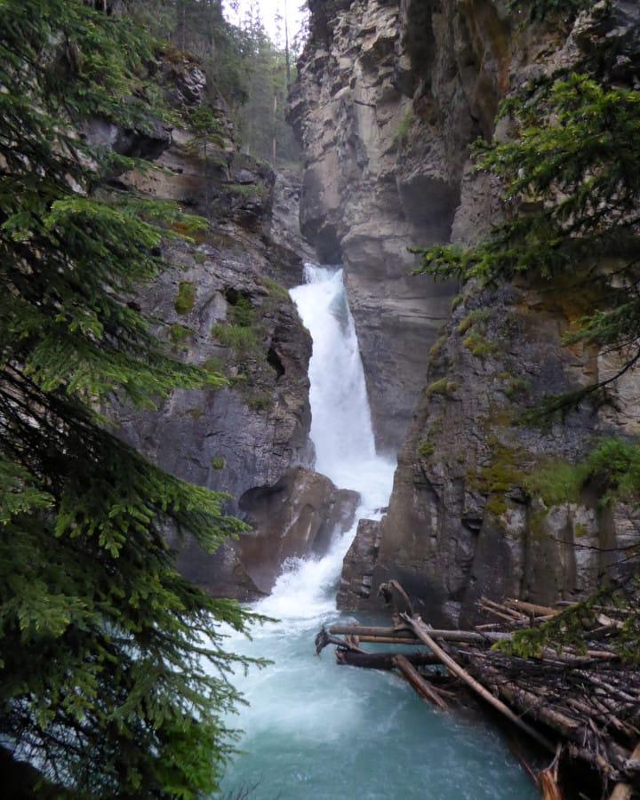 travelxl-van-limburg-canada-woest-water