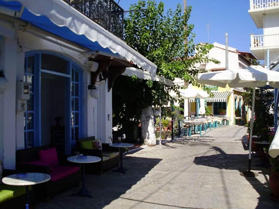 travelxl-van-limburg-samos-kokkari-centrum