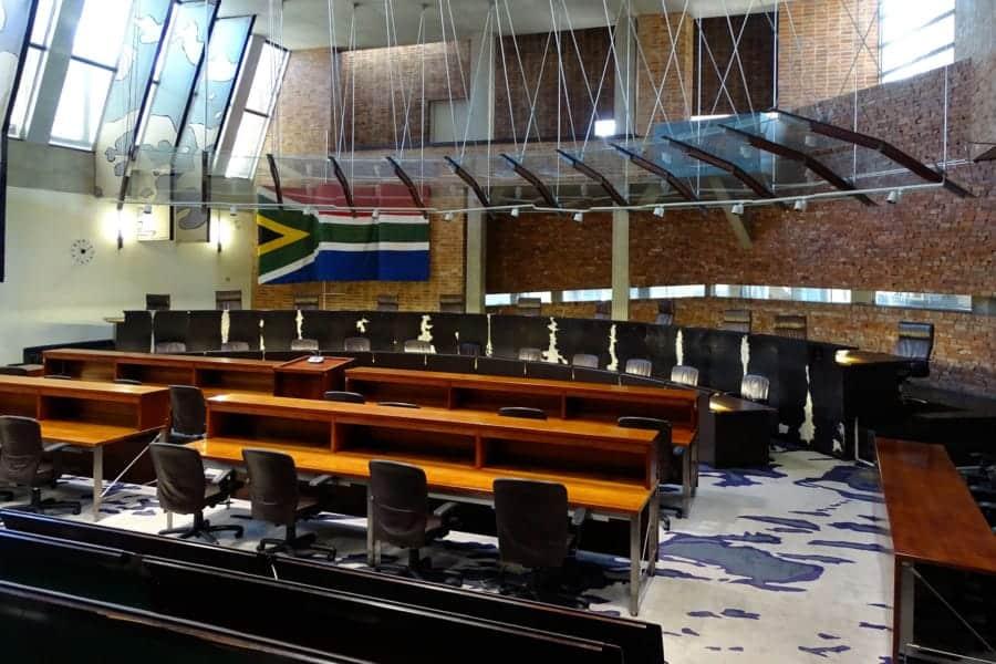 travelxl-van-limburg-zuid-afrika-johannesburg-constitution-hill-zaal