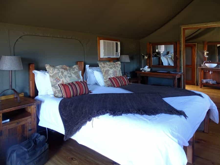 travelxl-van-limburg-zuid-afrika-oudtshoorn-slaapkamer-tent